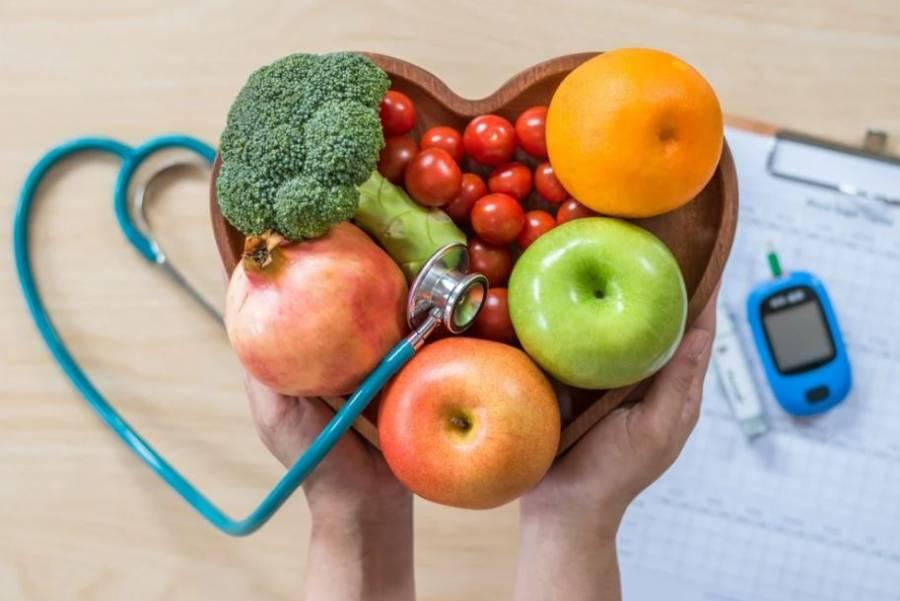 """Recomienda IMSS planes alimenticios y evitar las """"dietas mágicas""""."""