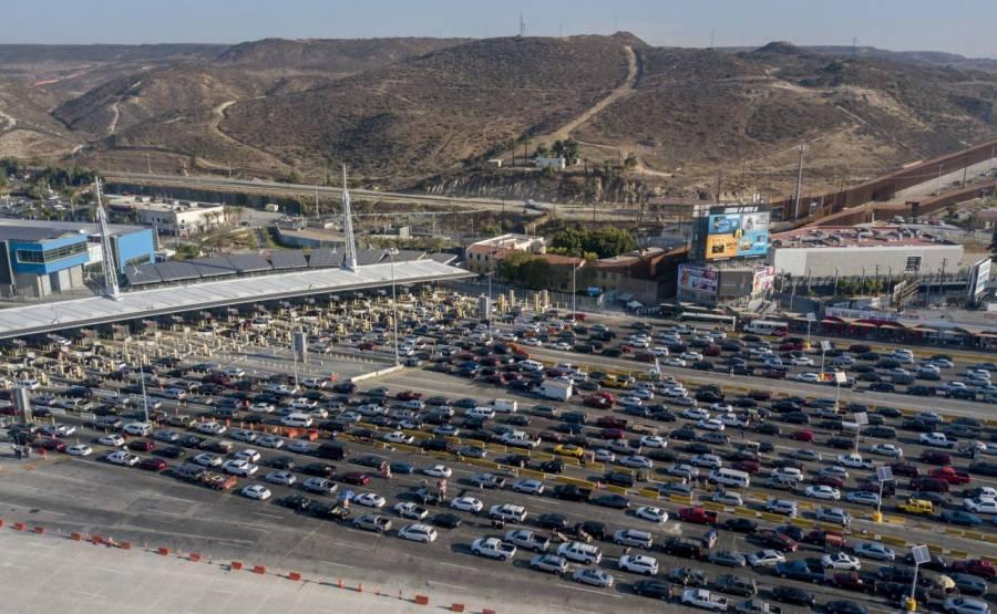 Hasta febrero, México y EEUU alargan restricciones en frontera
