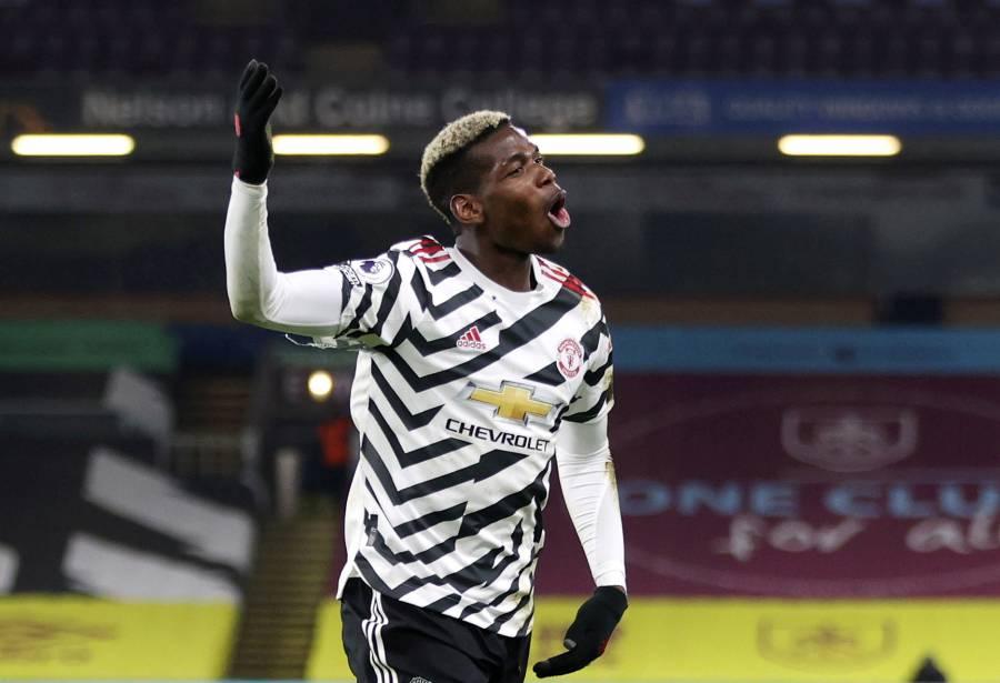 Con Pogba en plan estelar, Manchester United se pone líder en la Premier League