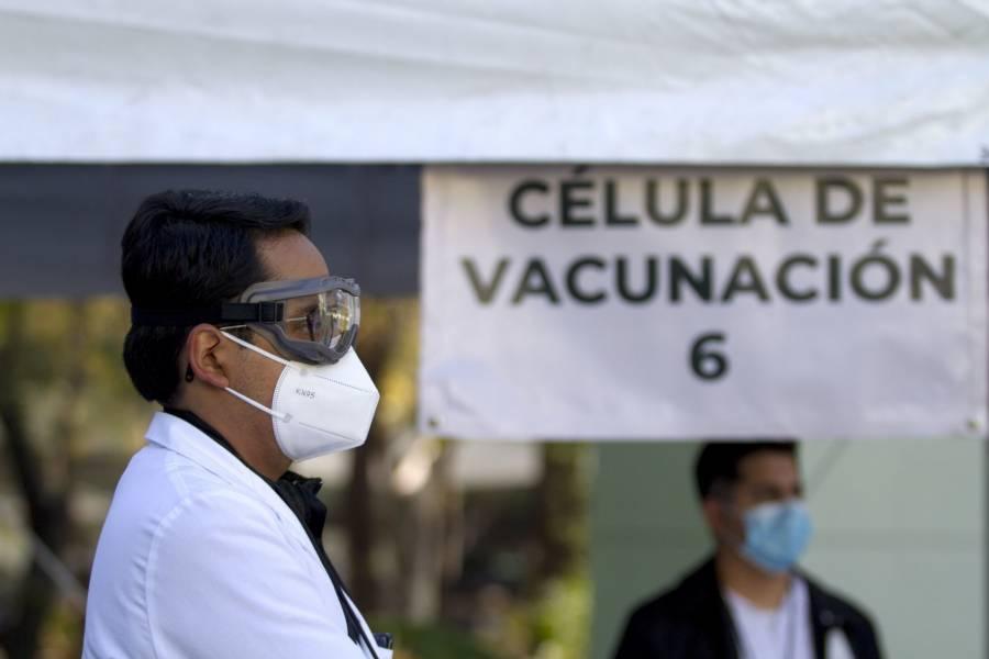 Extranjeros incluidos en plan de vacunación contra Covid-19 de México