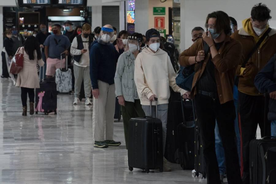Aeroméxico pide terminar relación con pilotos y sobrecargos