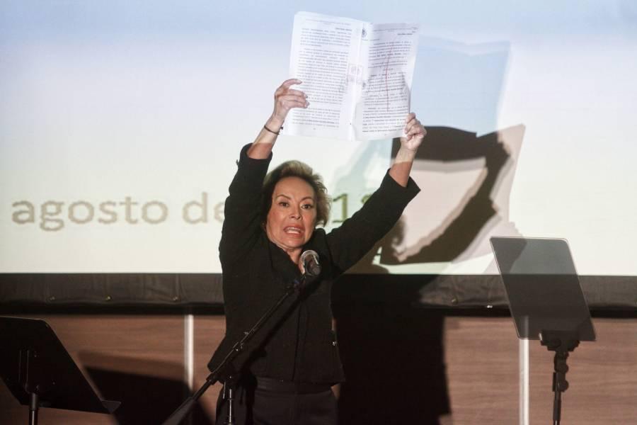 TFJA da revés al SAT, y falla a favor de Elba Esther Gordillo
