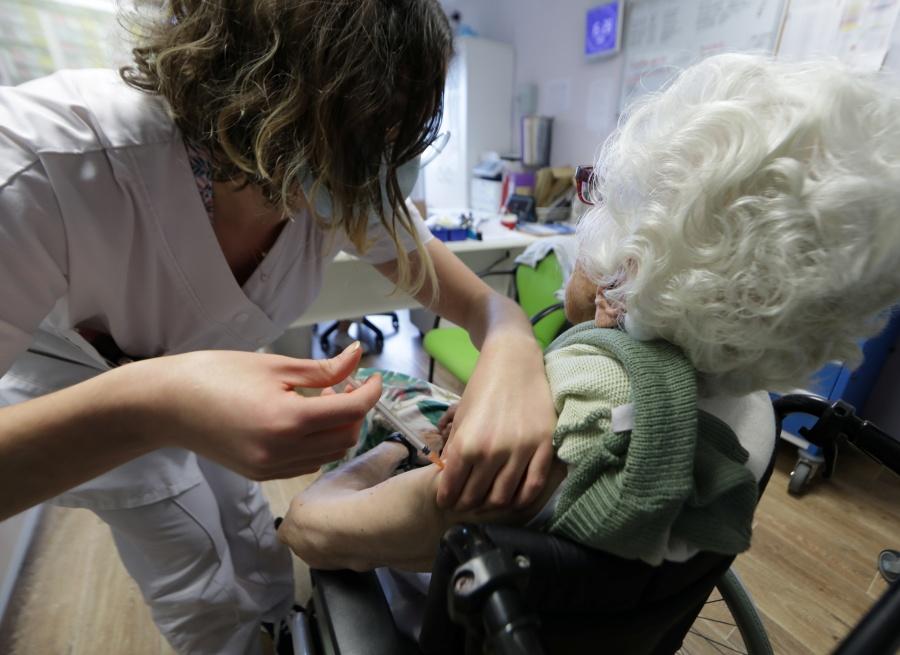 Imposible, inmunidad de rebaño  en 2021, pese a vacunas: OMS