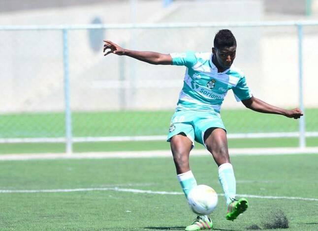Joao Maleck es registrado en la categoría Sub-20 de Santos Laguna