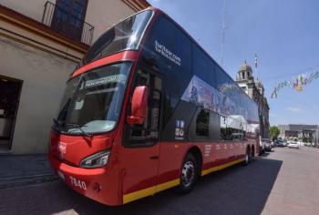 Turibús apoyará en el traslado de pasajeros del Metro en la CDMX