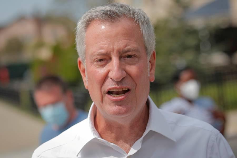 NY también rompe lazos con el magnate