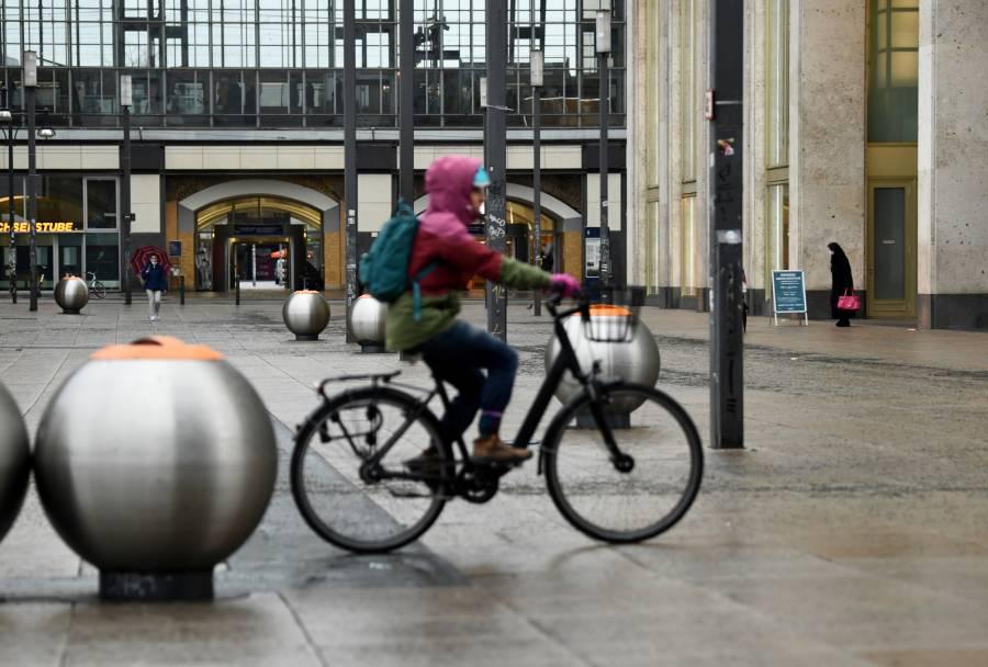 Alemania considera un confinamiento extremo tras récord de muertes: Bild