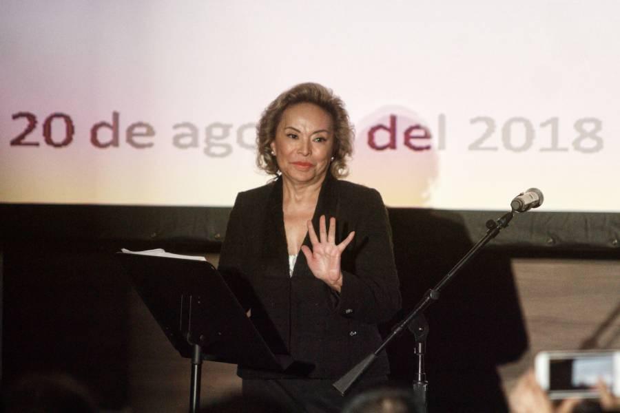 Libran de impuestos a Elba Esther Gordillo otra vez