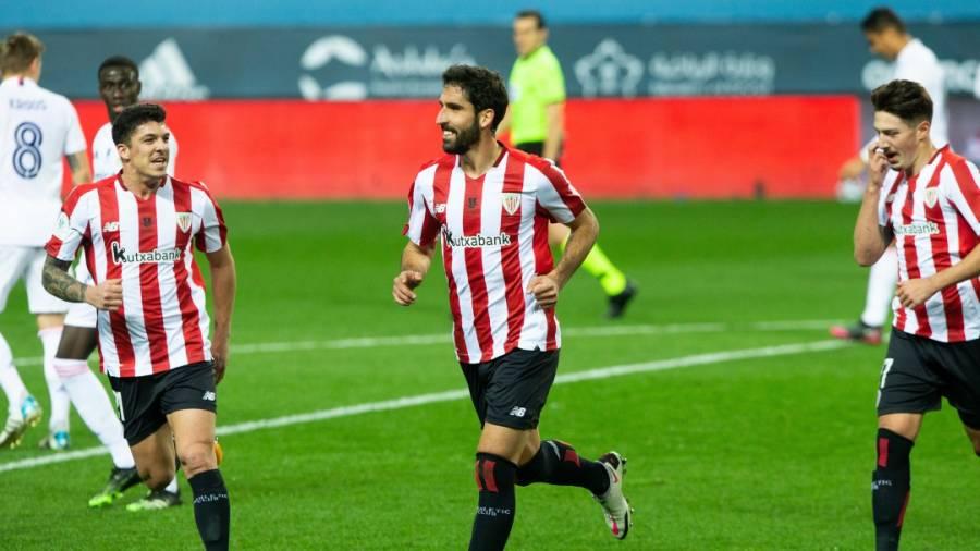Raúl García mete al Athletic de Bilbao en final de Supercopa España