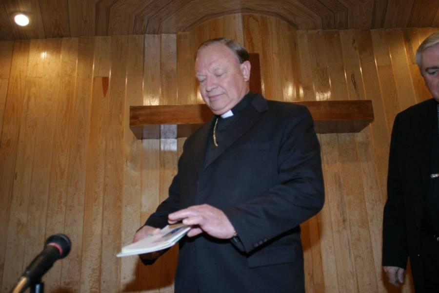 Por dar información falsa del Covid-19, Facebook baja video del cardenal Juan Sandoval Iñíguez