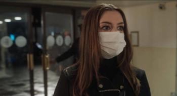 Anne Hathaway estrenará 'Locked Down' en medio de COVID-19
