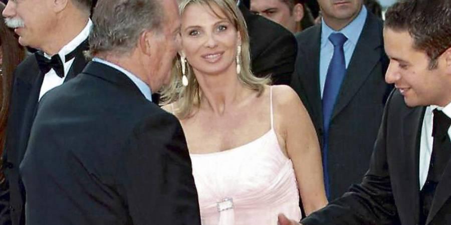 Ex-amante del rey Juan Carlos dice al juez que un espía la amenazó