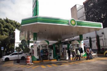 CRE otorga pocos permisos para gasolineras
