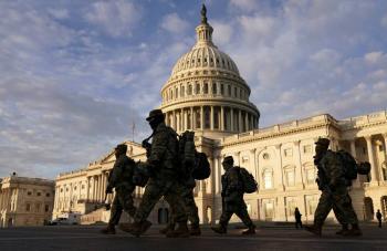 Fiscales afirman que involucrados en asalto al Capitolio buscaron asesinar a funcionarios