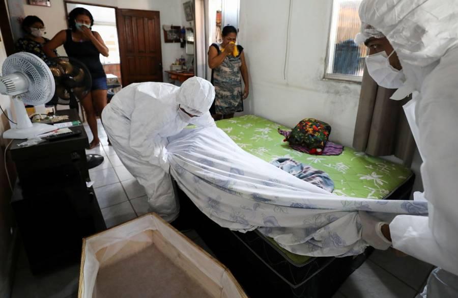 Muertes semanales por COVID-19 superarán las 100 mil, estima OMS