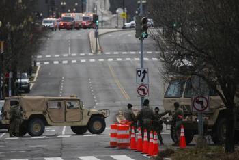 Militarizada y bajo restricciones, Washington  aguarda por la proclamación de Biden