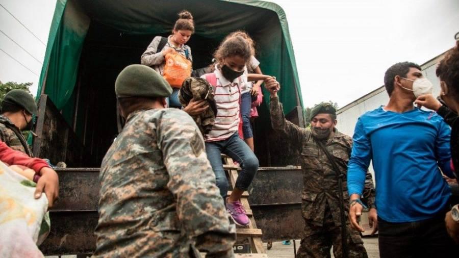 Piden al gobierno de México proteger derechos de niños en caravana migrante