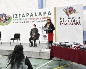 Por bajas temperaturas, Iztapalapa protege a adultos mayores en zonas vulnerables