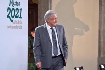 Médicos privados también serán vacunados, informa AMLO