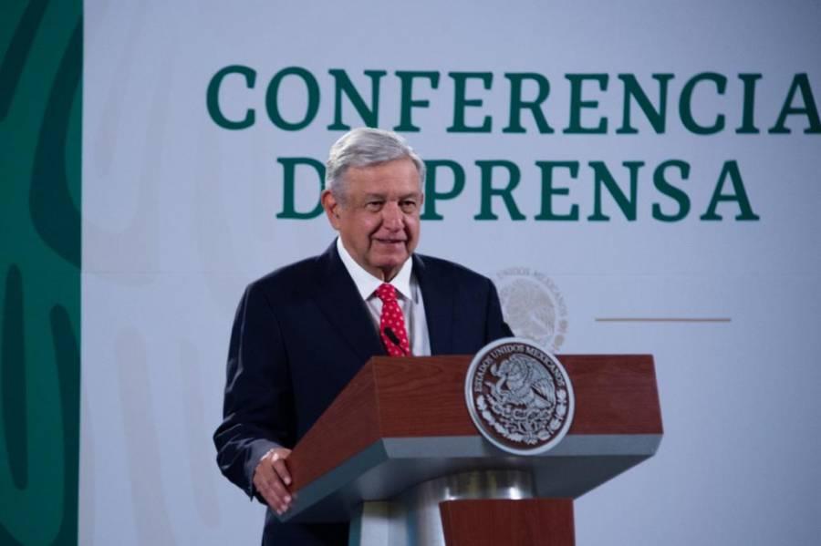 AMLO habla con director de Pfizer para reconfirmar entrega de vacunas a México