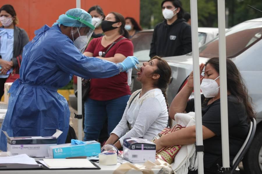 FDA analiza espray mexicano contra el COVID-19