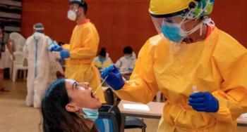 España registra nuevo récord de contagios diarios de Covid