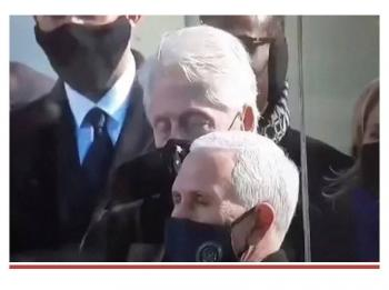 Bill Clinton se habría dormido durante discurso de Joe Biden