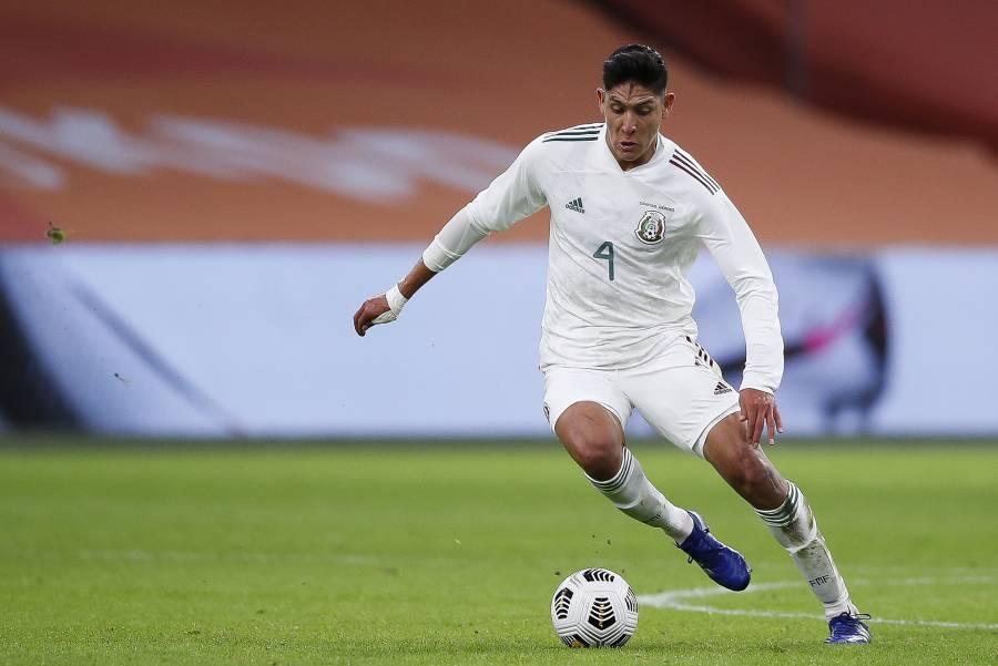 Quieren a Edson Álvarez, el Valencia negocia con el Ajax