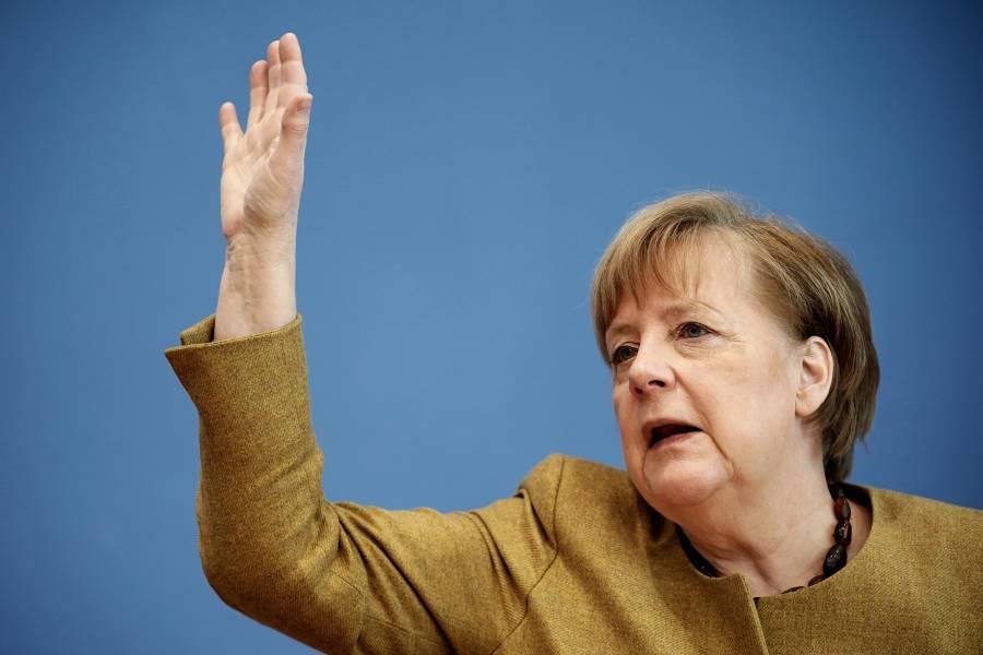 Merkel: Alemania espera tener a toda su población vacunada para finales del verano