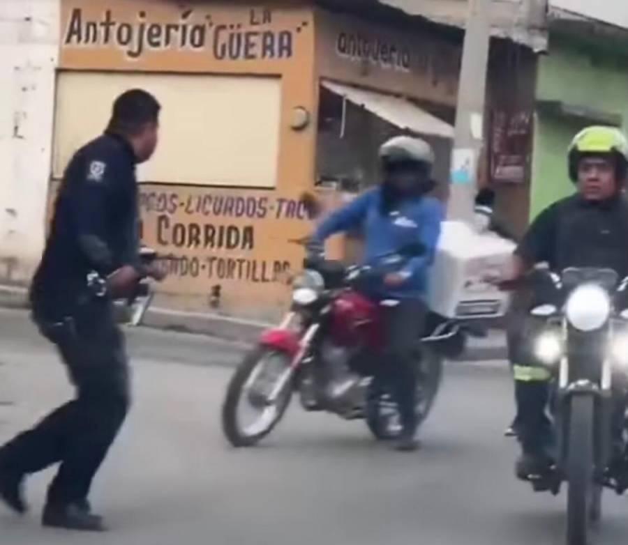 Video: Policía persigue a delincuentes en moto de un repartidor
