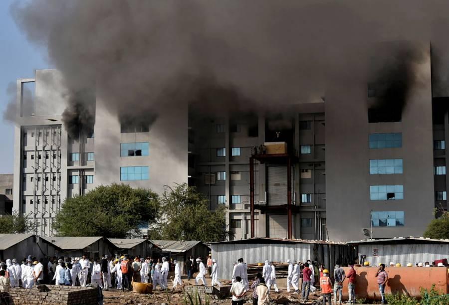 Se incendia en India una de las sedes del mayor fabricante de vacunas COVID-19; reportan cinco muertos