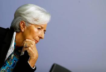 Christine Lagarde: Es posible que la pandemia frene el crecimiento económico