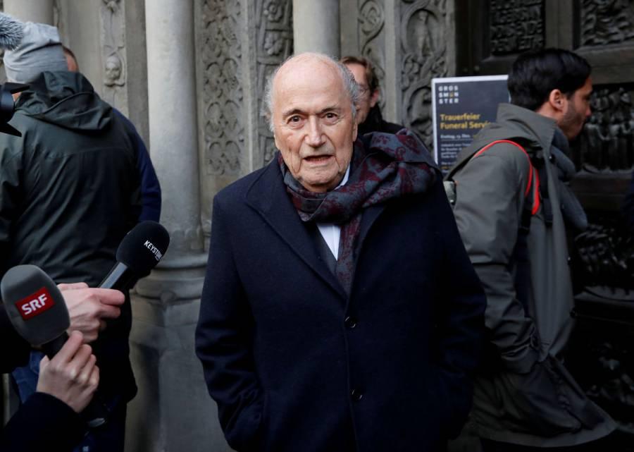 Joseph Blatter, expresidente de la FIFA, estuvo en coma inducido por una semana
