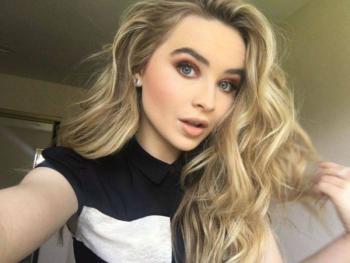 """Sabrina Carpenter empieza el año estrenando su nuevo single """"Skin"""""""