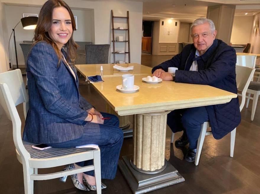 Clara Luz Flores, candidata de Morena a la gubernatura de Nuevo León, se reúne con AMLO