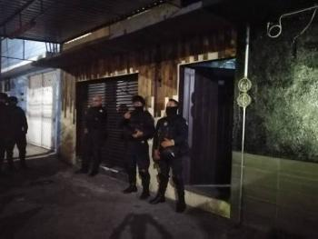 Suspenden 9 bares y 6 fiestas con un centenar de asistentes en Nezahualcóyotl