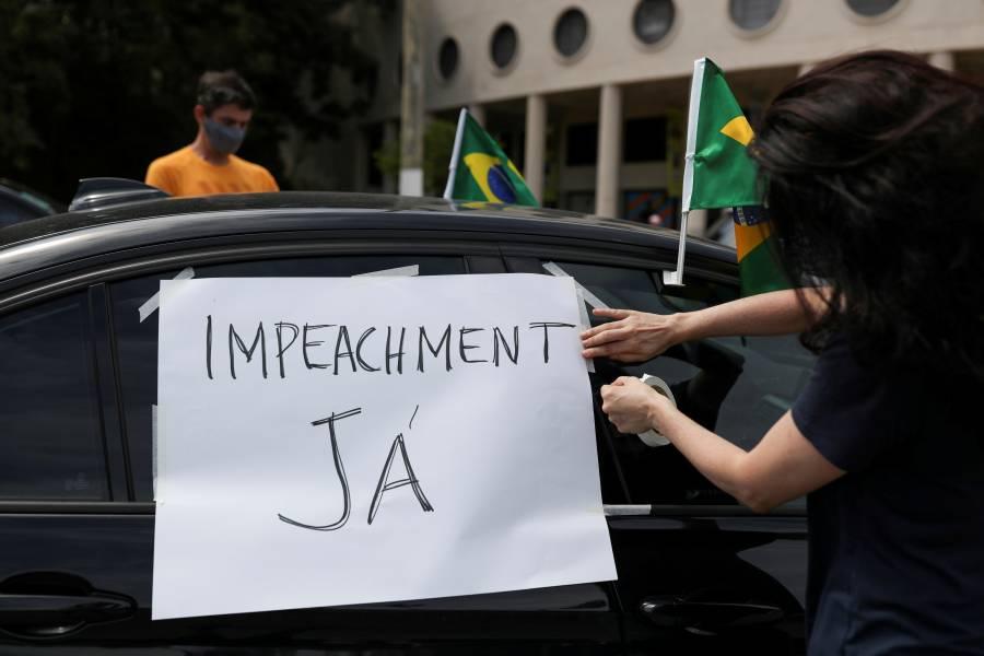 Europa se alza contra el encierro;  Brasil condena la negligencia