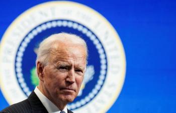Autoridades de EEUU, investigarán si hubo funcionarios que intentaron revocar victoria de Biden