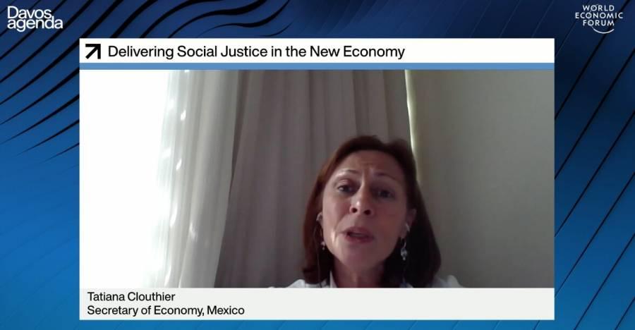 Conservar salud y empleo, el principal problema de Mexico: Clouthier