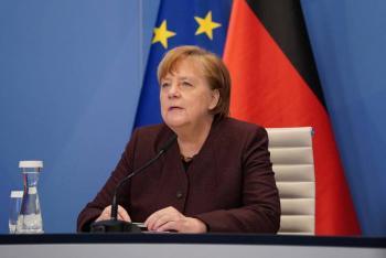 Angela Merkel ofrece apoyo a Rusia para entrada de vacuna Sputnik V a la UE