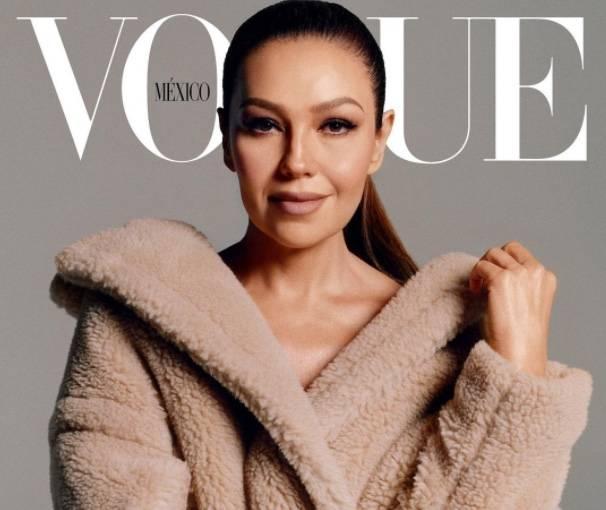 Thalía deja su zona de confort y aparece en la revista Vogue