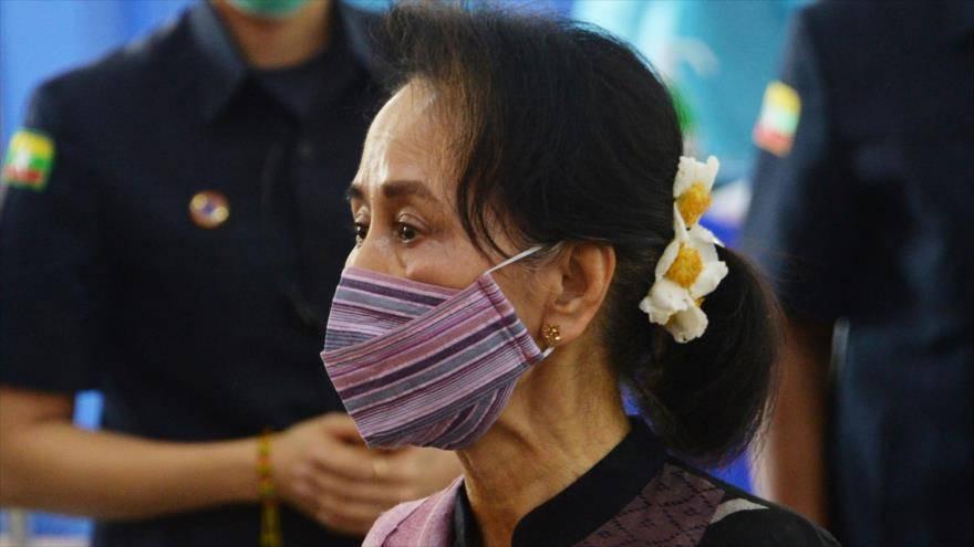 Detienen a la lideresa de Birmania y el ejército toma el control