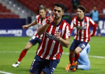 Atlético de Madrid se impone a Cádiz con doblete de Luis Suárez