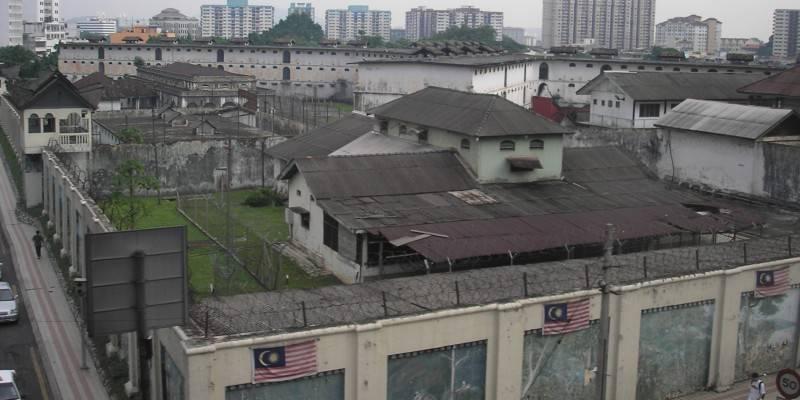 En Malasia, condenan a hombre a mil 50 años por violar más de 100 veces a su hijastra