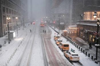 Declaran emergencia en Nueva York ante intensa nevada