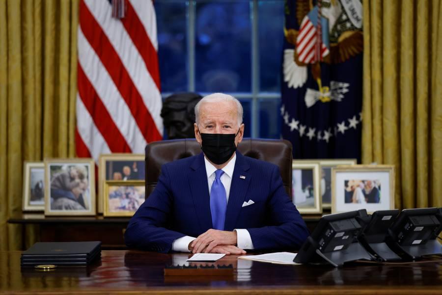 """Biden presenta plan migratorio y anuncia apoyo a los """"dreamers"""""""