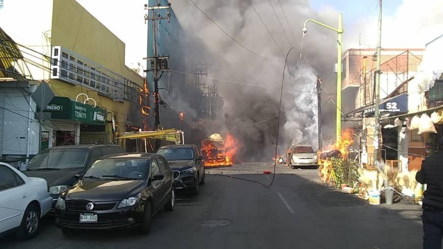 Se reporta incendio en mercado de Jamaica