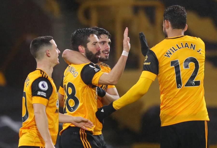 Wolverhampton rompe racha y derrota al Arsenal en la Premier League