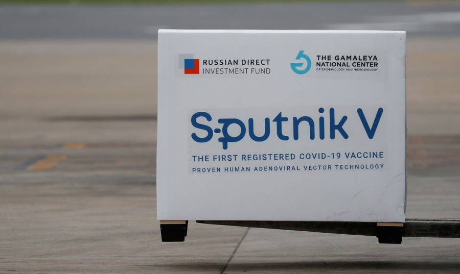 Vacuna rusa Sputnik V muestra eficacia de 91.6% contra COVID-19