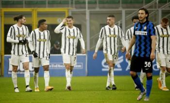 Juventus se lleva la semifinal de ida ante el Inter de Milán en la Copa de Italia